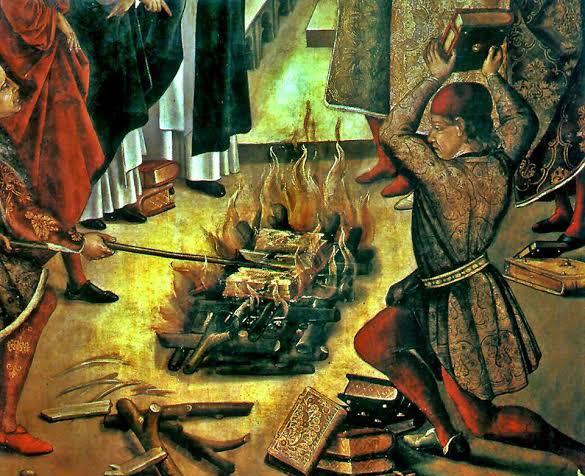 मुसलमानों ने पुस्तकालय जला दिए
