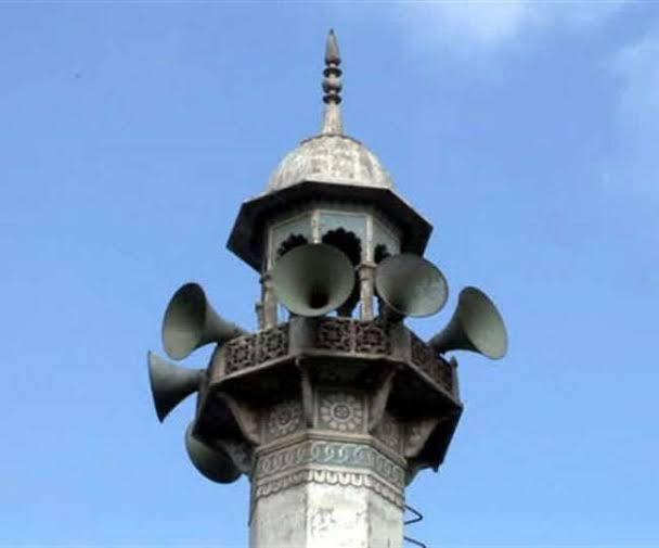 मुंबई - IIT कैंपस के पास दो मस्जिदें, लाउड स्पीकर पर अजान, छात्र ही नहीं आम जन भी परेशान