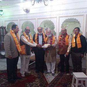 मंगलम आर्ट ने रामजी के चरणों  में समर्पित किए 11 लाख