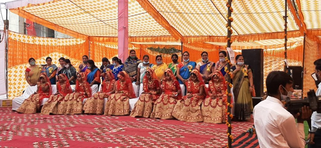 भिवाड़ी: 5वें श्रीराम जानकी सर्वजातीय सामूहिक विवाह सम्मेलन में 9 जोड़े परिणय सूत्र में बंधे