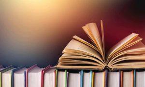 मैं पुस्तक हूँ (कविता)