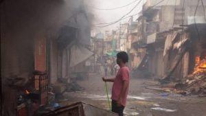 छबड़ा में हिंदुओं की दुकानों में आग लगाई