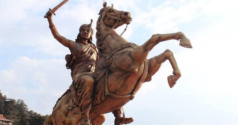 शौर्य और पराक्रम की प्रतिमूर्ति वीरांगना रानी लक्ष्मीबाई