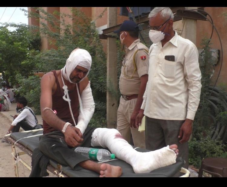 राजस्थान में गोतस्करी, पुलिस ने सड़क पर कीलें बिछाईं, गोतस्कर सरफराज व जमशेद गिरफ्तार