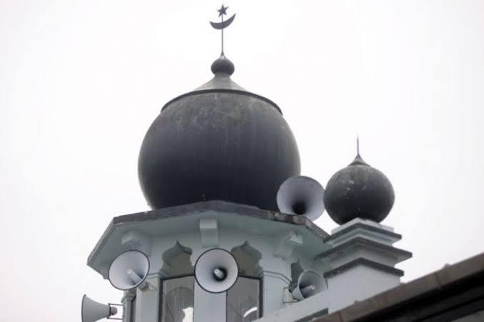 सऊदी अरब में मस्जिदों में लाउडस्पीकरों पर पाबंदी, लेकिन भारत में...!