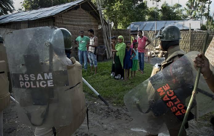 असम सरकार का बड़ा कदम, बांग्लादेशी घुसपैठियों से खाली करा रही अवैध कब्जे