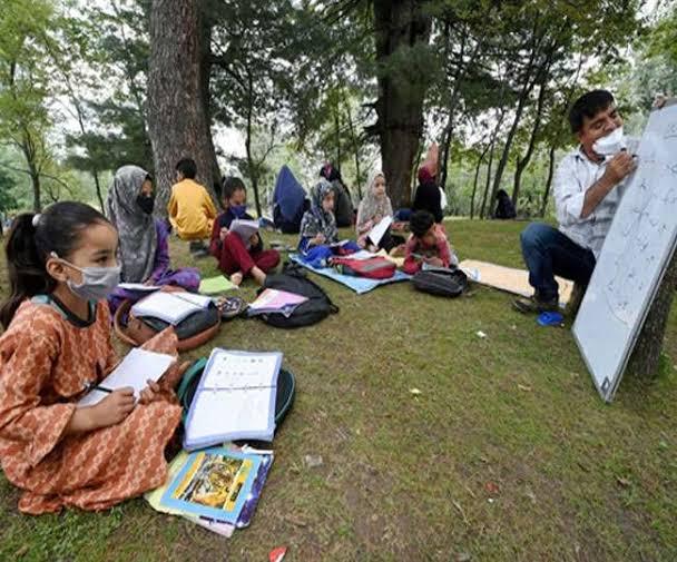 जम्मू-कश्मीर में 'एक विधान, एक निशान, सबको समता और सम्मान'